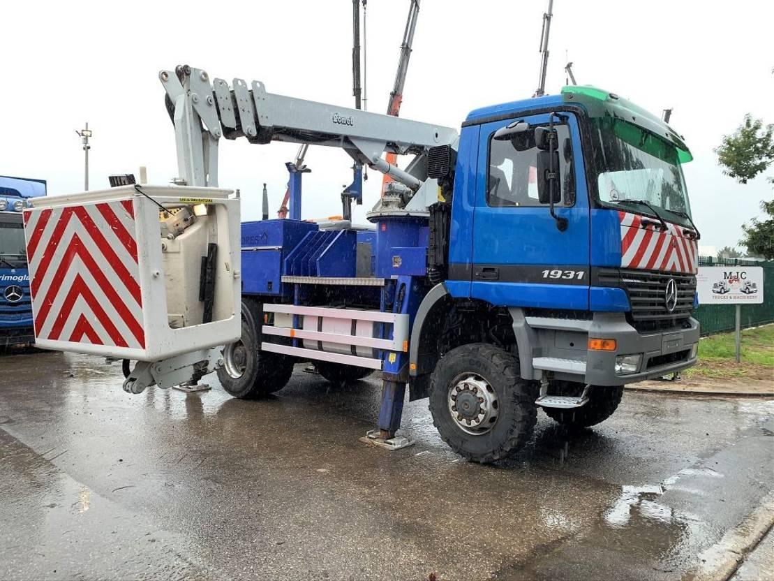 autohoogwerker vrachtwagen Mercedes-Benz ACTROS 1831 4x4 + COMET 165 2000