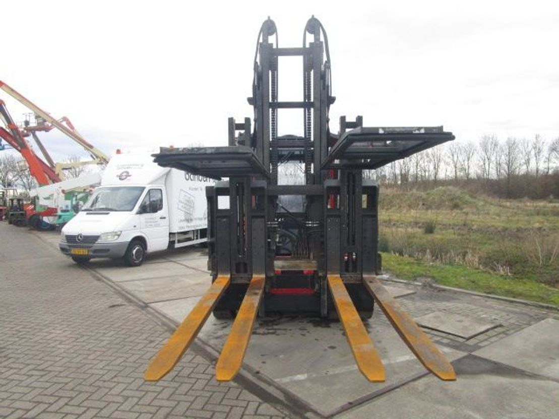 vorkheftruck MORA M100C
