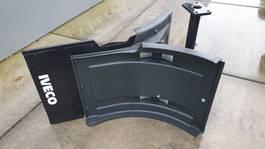 Spatbord vrachtwagen onderdeel Iveco Trakker