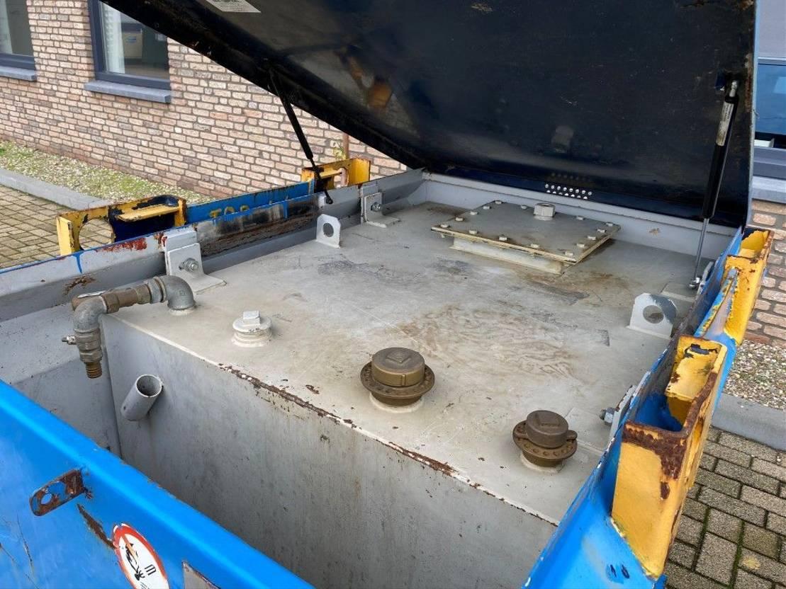 IBC-intermediate bulk container Kiwa IBC Van Der Ziel 950 liter dieseltank met keuring ! 2010
