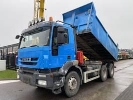 kipper vrachtwagen > 7.5 t Iveco TRAKKER AD260T450 6X4 EURO 5 + RETARDER - 14,6 M3 2008