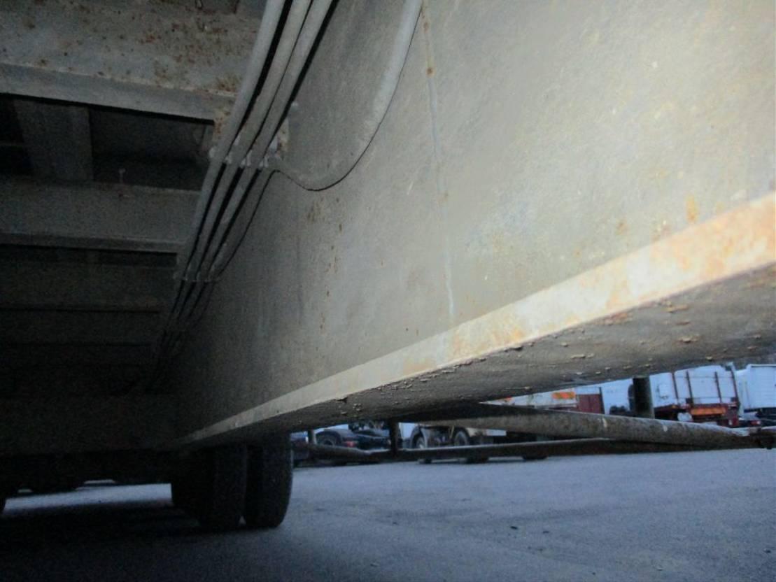 semi dieplader oplegger Trailor 3 axles - steel suspensions lames 1981