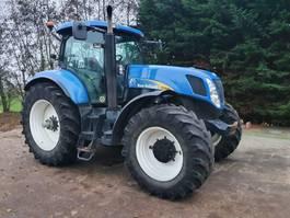 standaard tractor landbouw New Holland T7040 2007