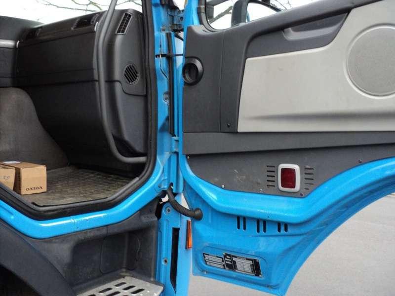 Volvo - fm 9- 260 pk 171.000 km NIEUWE APK 12
