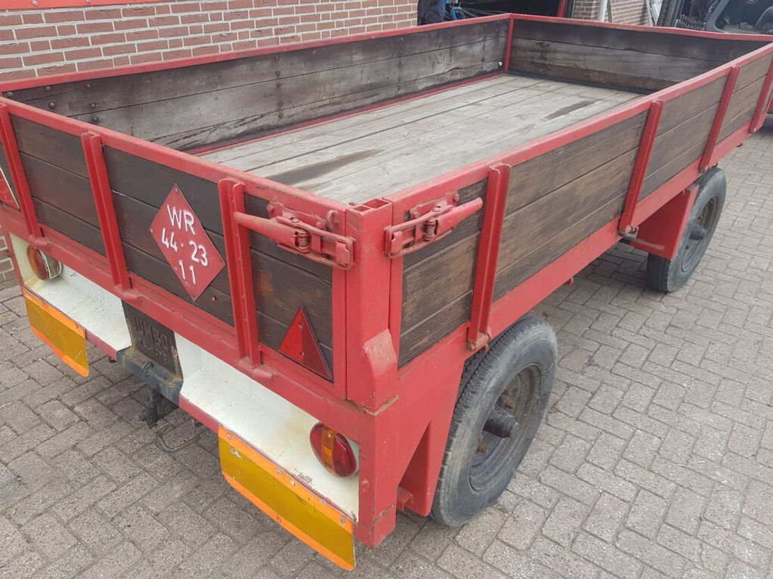 platte aanhanger vrachtwagen Jumbo Wagen
