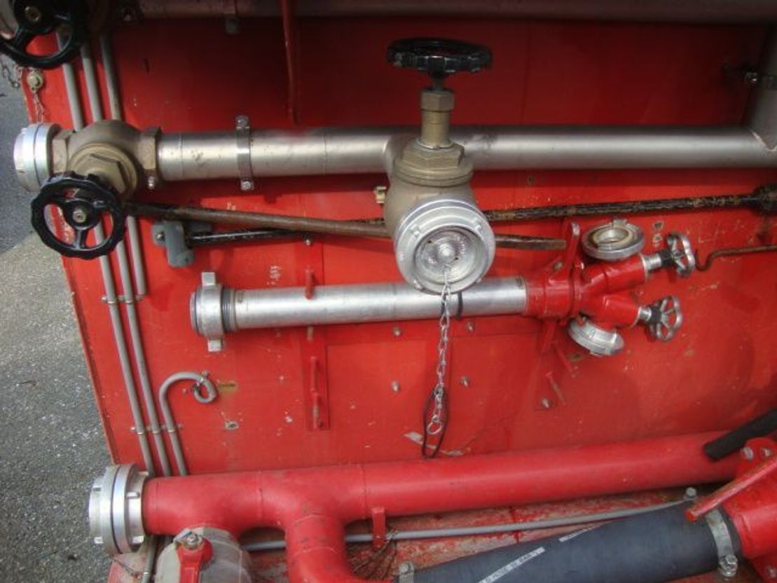 brandweerwagen vrachtwagen Mercedes-Benz WATERPOMP/GENERATOR/ZIEGLERPUMP/MOBILE bomberos5000 L WATER 1995