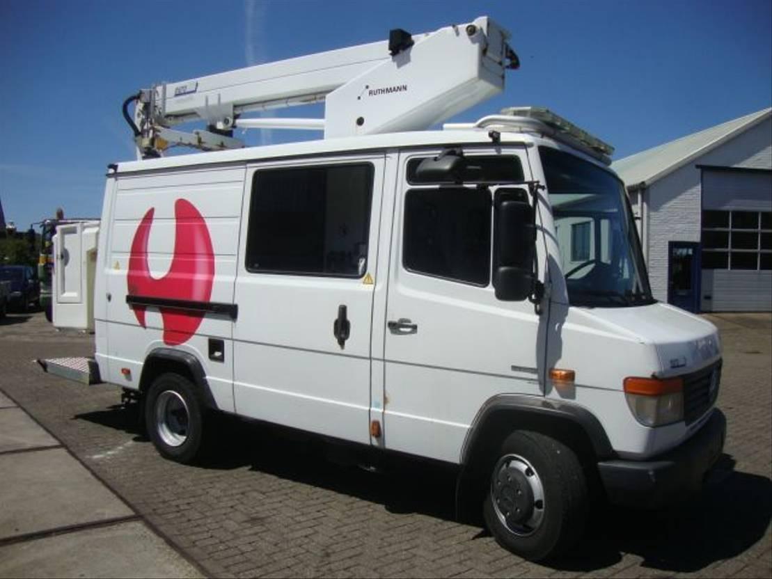 autohoogwerker vrachtwagen Mercedes-Benz 818 RUTHMANN  TK145 EURO5 2011