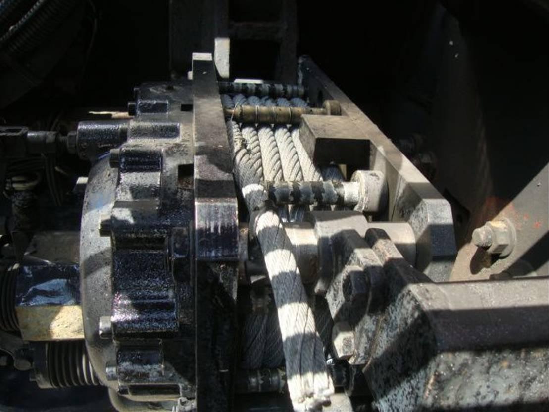 brandweerwagen vrachtwagen DAF 75 4X4 MET 10 TON HIABKRAAN EN LIER GENERATOR 1997