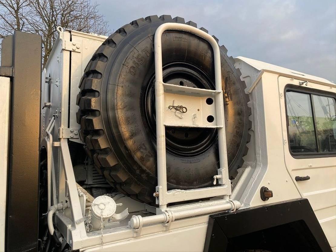 leger vrachtwagen MAN Kat  8x8