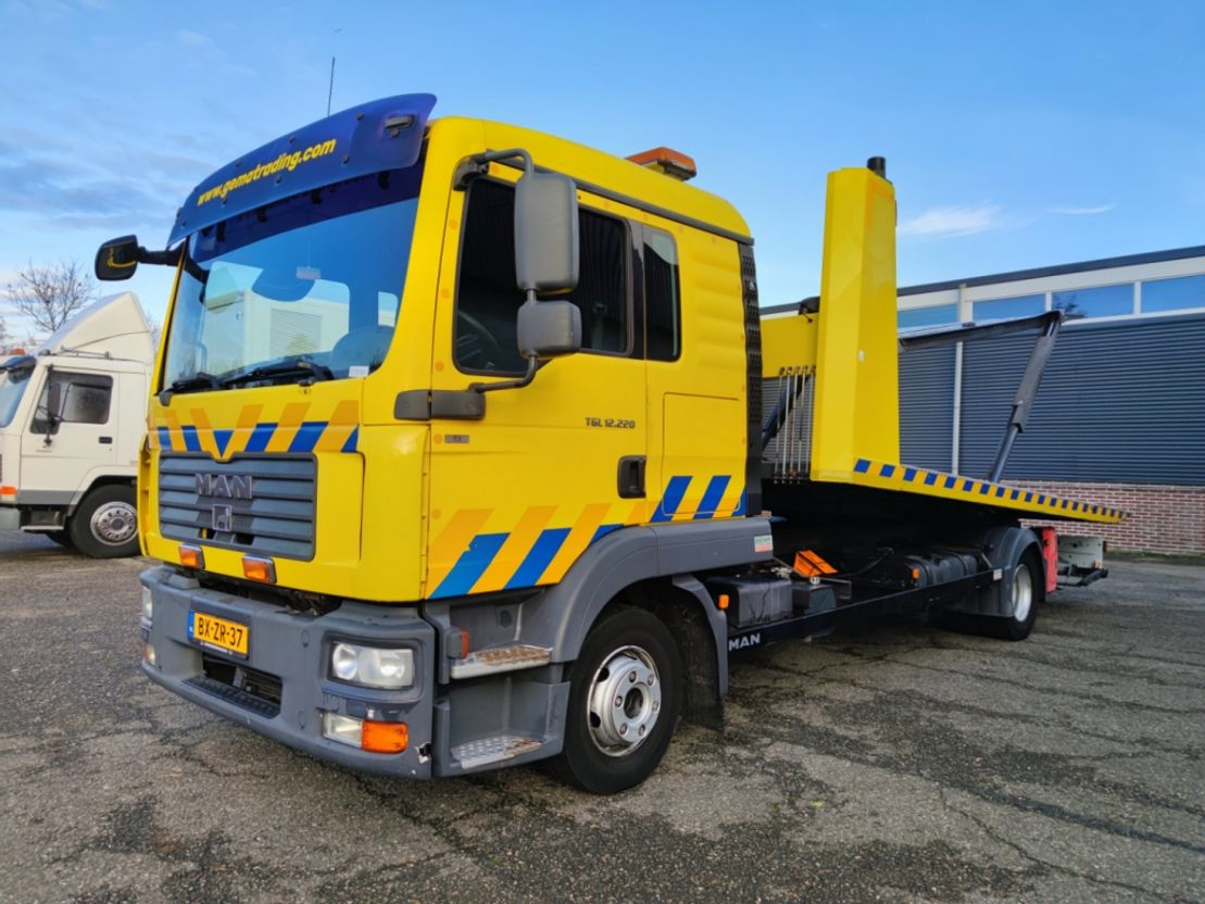 takelwagen-bergingswagen-vrachtwagen MAN TGL 12 4X2 Dubbele cabine Euro 5 - DGT 5502 - 2x Ramsey lier (V320) 2011