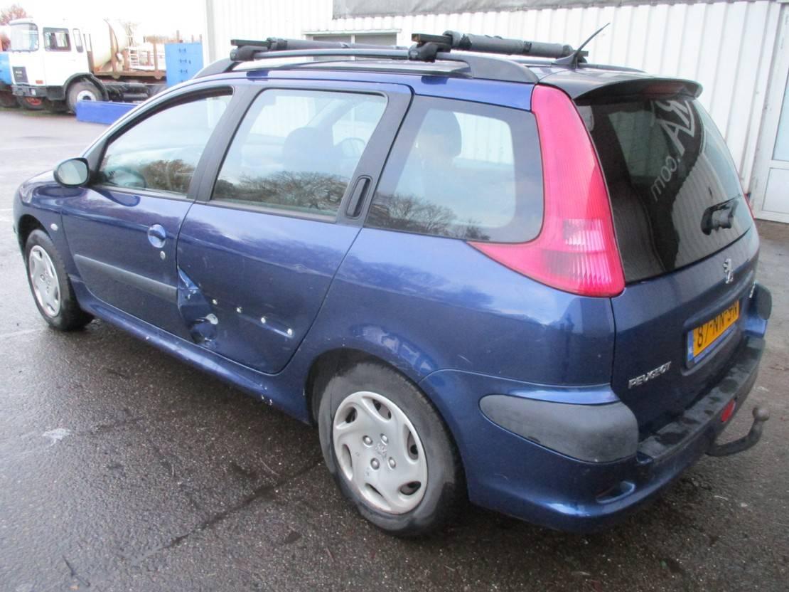 stationwagen Peugeot SW , 1.4 2003