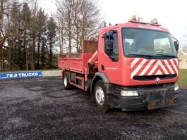 kipper vrachtwagen > 7.5 t Renault premium 260 benne avec Grue palfinger pk8080 1999