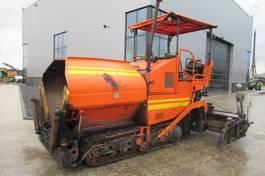 asfalteermachine rups Demag DF65 C 2006