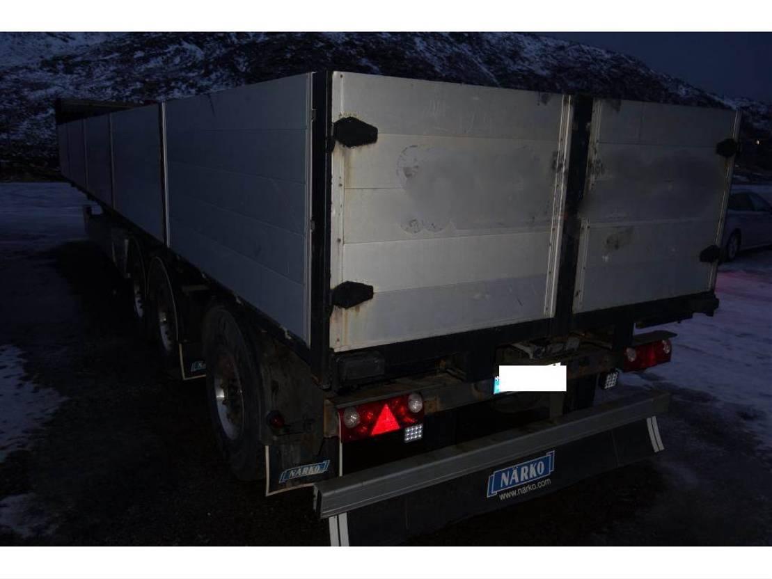 platte aanhanger vrachtwagen Närko Semihenger 2011