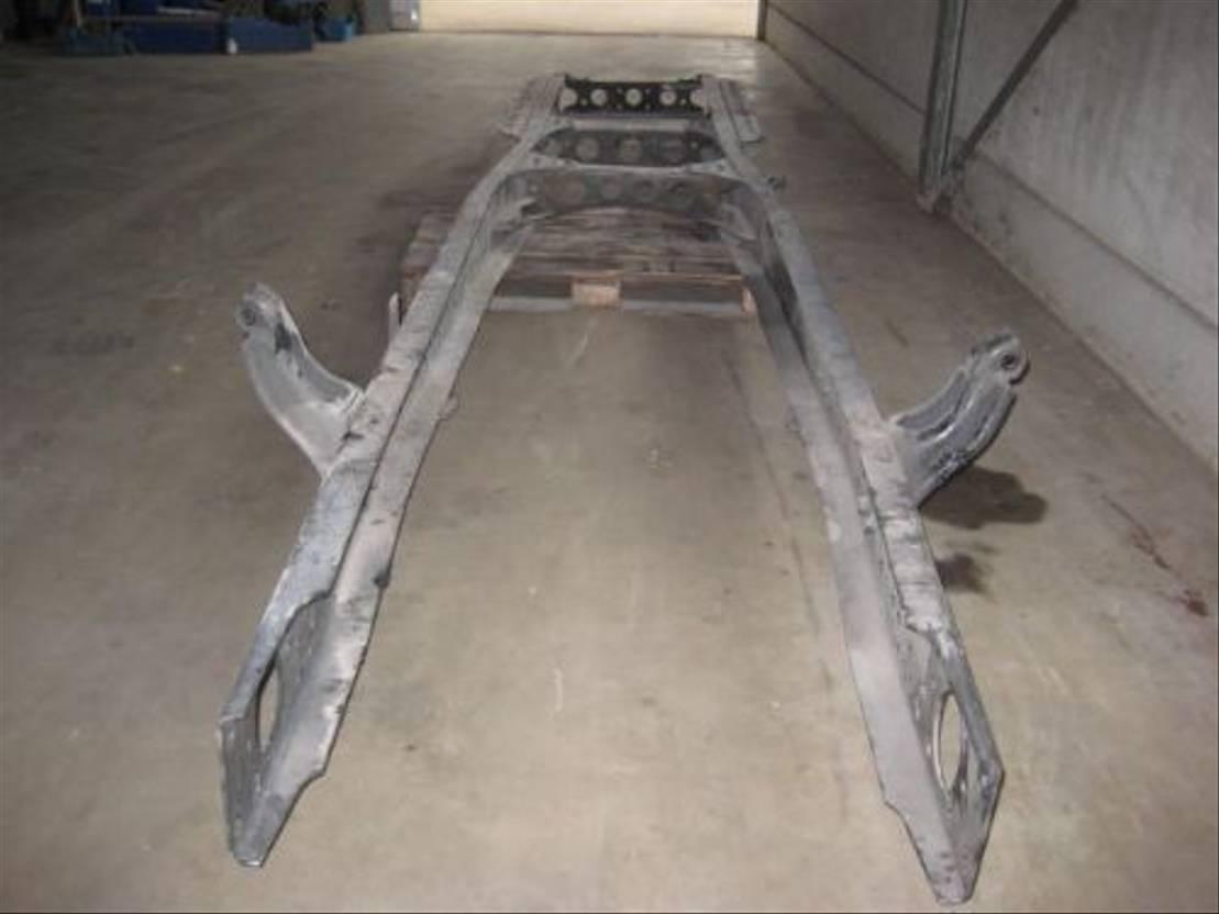 chassis vrachtwagen onderdeel Mercedes-Benz Actros 1840 , 1843 , 1848, 1835