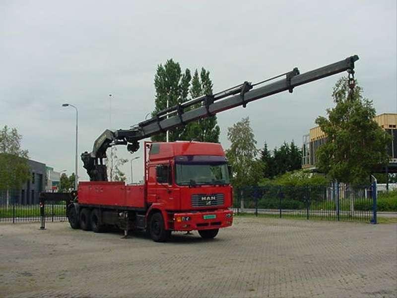 MAN - 26.464 F 2000 EURO 2 PALFINGER PK 75.000 1