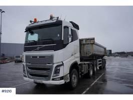 standaard trekker Volvo FH16 650 6x4 with 2012 Maur Tipper semitrailer 2017