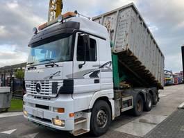 kipper vrachtwagen > 7.5 t Mercedes-Benz ACTROS 3253 8X2 EURO 2 2000