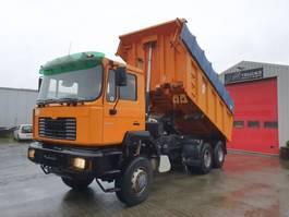 kipper vrachtwagen > 7.5 t MAN 33.364 DFAK 6x6 2001