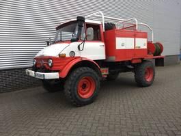 brandweerwagen vrachtwagen Unimog U416 Brandweer snelle assen 125PK OM352 1976
