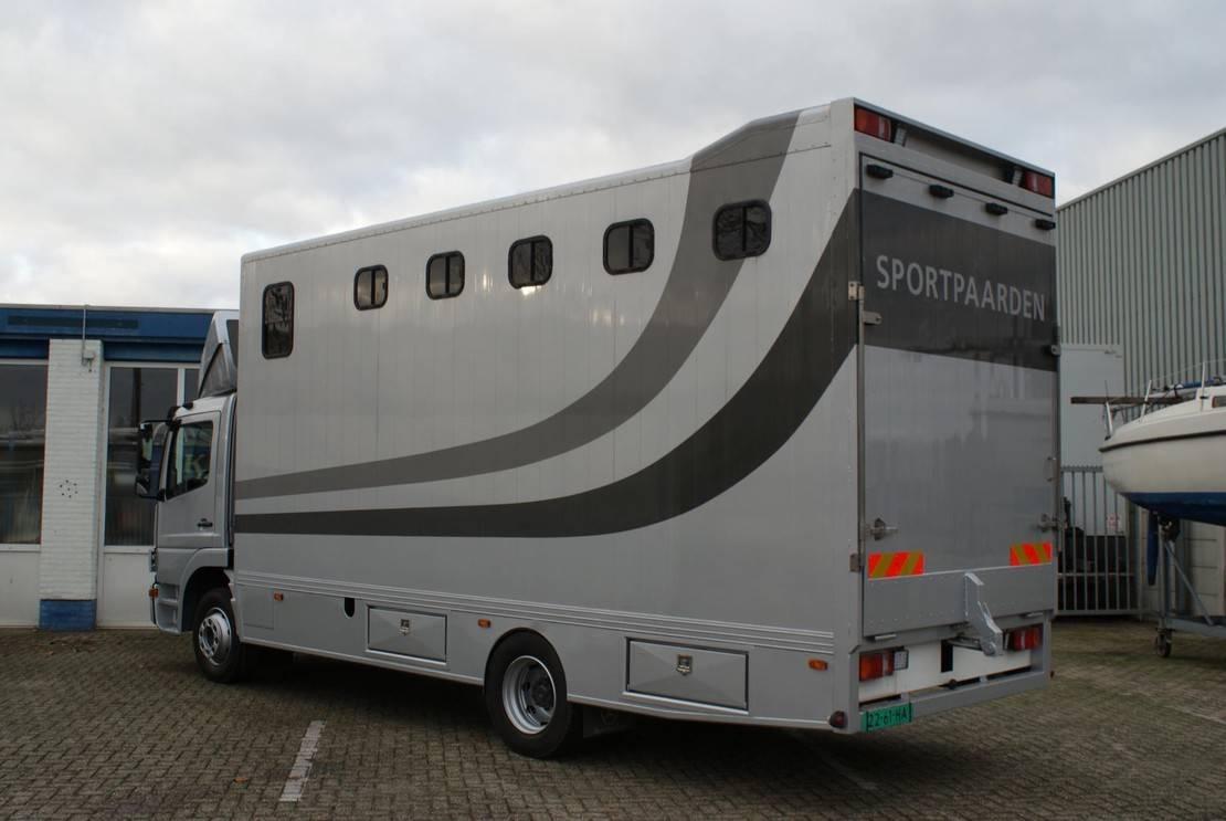 paardenvrachtwagen Mercedes-Benz Atego 1224 l Horsetruck 2008