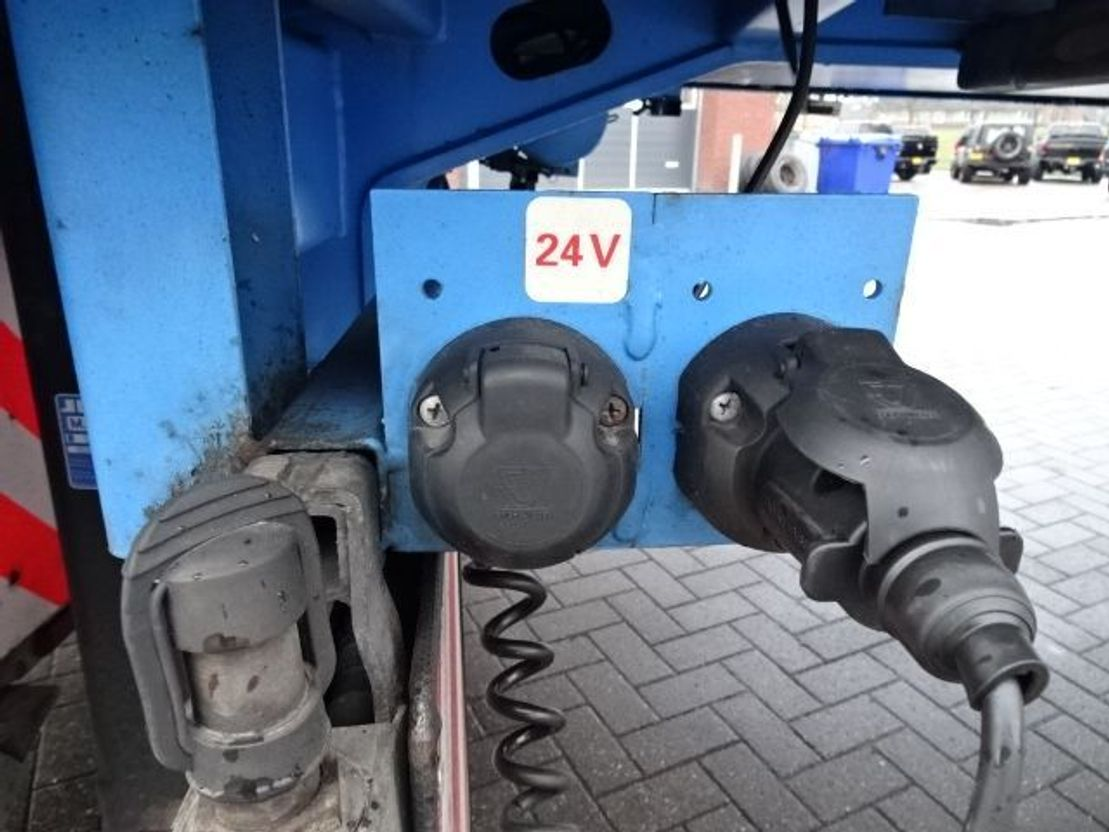 semi dieplader oplegger Nooteboom Lowloader - 4 axle - OSD-50-04 V - Lift axle - 2x steering axle - 7 meter extenable 2013
