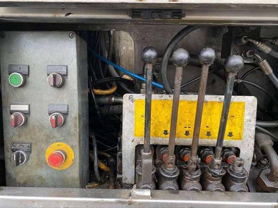Mercedes-Benz - SK 1844 L 6x2 Tollense 10000 ltr Saugwagen Kanalreinigung/Kipper 21