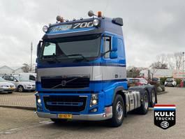 standaard trekker Volvo FH16 700 6X2 / 10 WHEELS / UNIQUE SCHUIFSCHOTEL 2010
