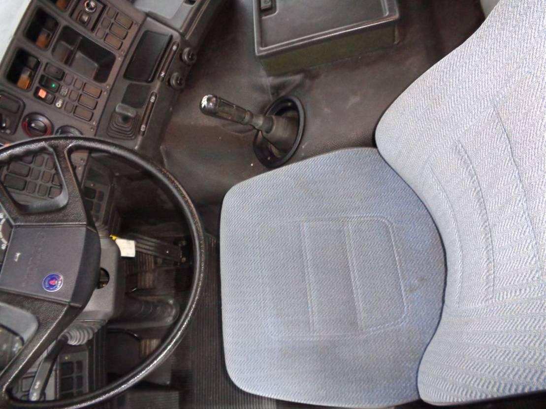 autohoogwerker vrachtwagen Scania 93M 210 + Manual + Pto + High Platfrom 1990