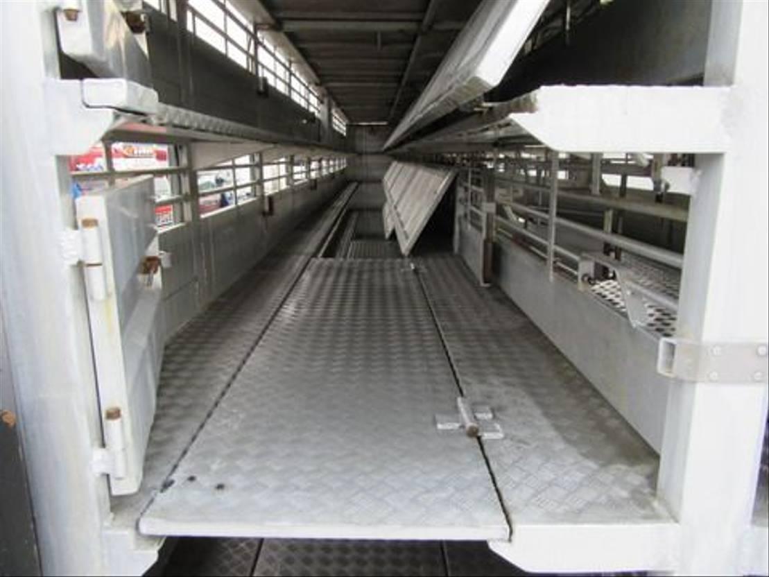 vee oplegger Castane 3107S MONTULL 2006
