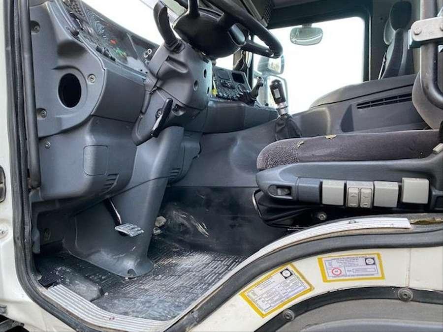 Scania - 124C 420/4X4/ Mit Betonmischer Liebherr 10 m3 Komplettzug 10