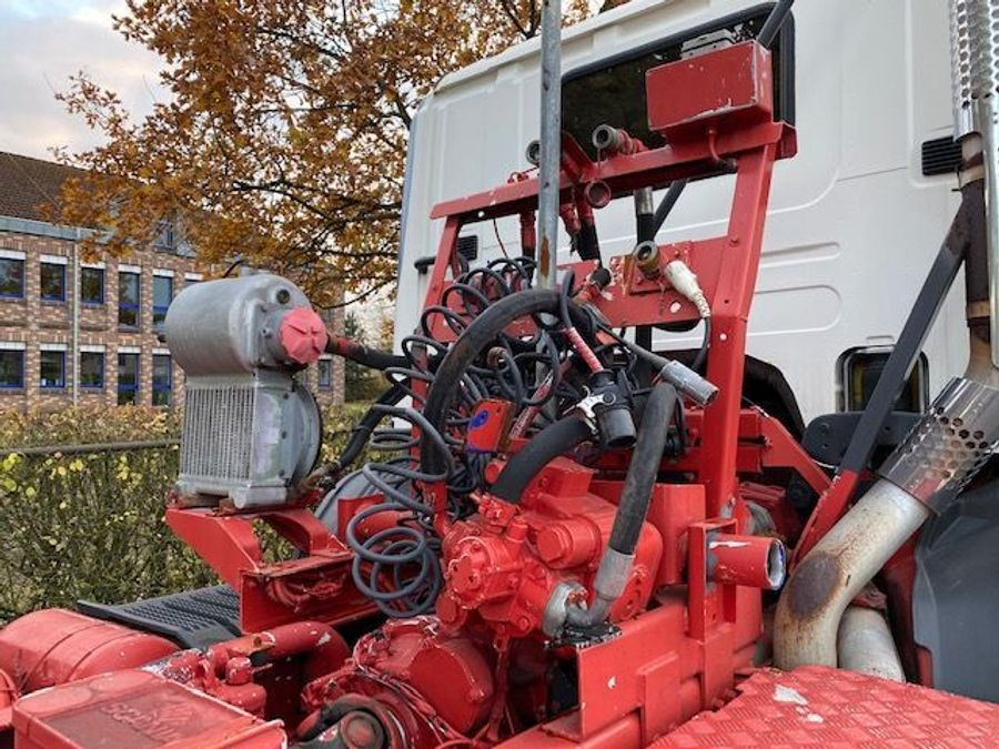 Scania - 124C 420/4X4/ Mit Betonmischer Liebherr 10 m3 Komplettzug 9