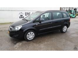 mpv auto Opel Zafira 1.7 CDTI 2010