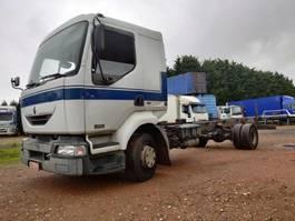 chassis cabine vrachtwagen Renault Midlum 220 DCI 2003