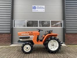 standaard tractor landbouw Kubota B1500 4WD 18 PK minitractor