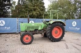 standaard tractor landbouw Fendt Farmer 106