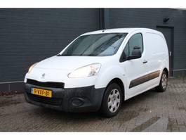 gesloten bestelwagen Peugeot Partner 120 1.6 HDI - Airco - Trekhaak - € 2.950,- Ex. 2012
