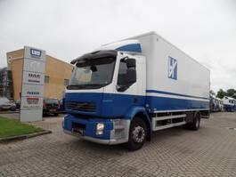 bakwagen vrachtwagen Volvo FL / 18T / Bakwagen met laadklep 2010