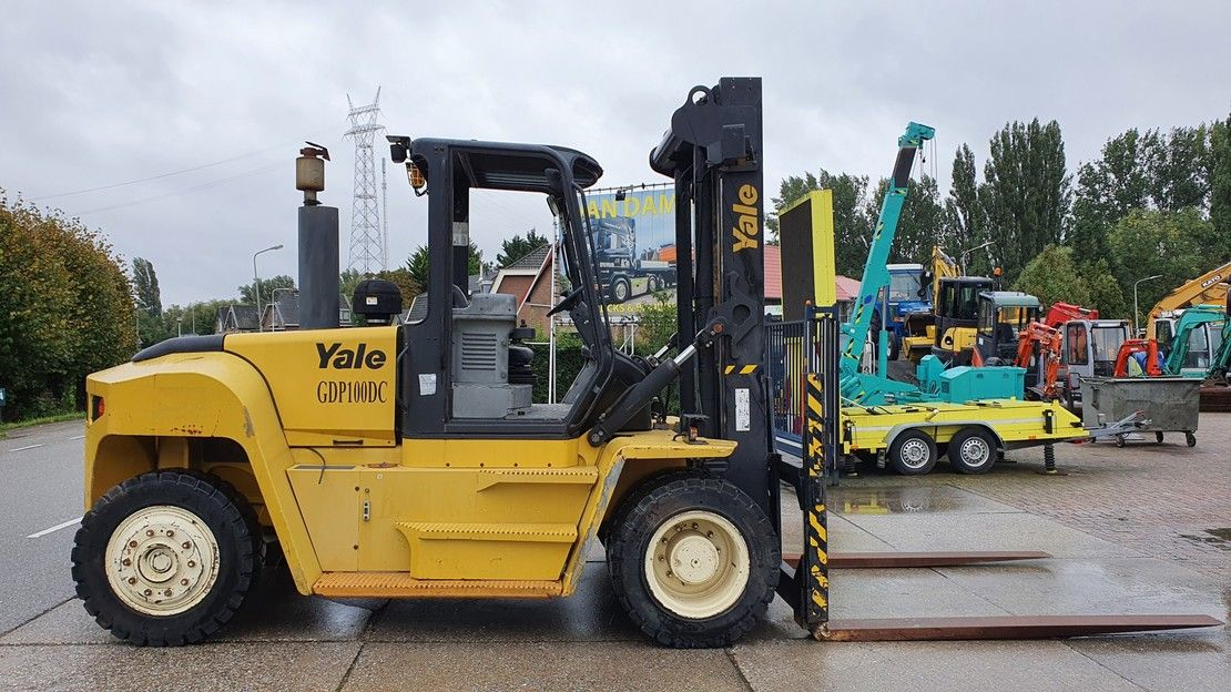 vorkheftruck Yale 10 ton diesel with low hours! 2013