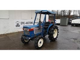 standaard tractor landbouw Iseki TL 2701
