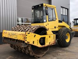 schapenpoten wals Bomag BW213D-4 Smooth drum and Padfoot Roller 2011