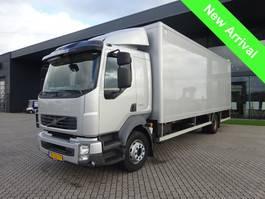 bakwagen vrachtwagen Volvo FL240 Laadklep + Airco 2011