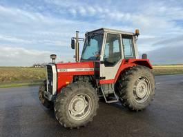 standaard tractor landbouw Massey Ferguson 690 1986