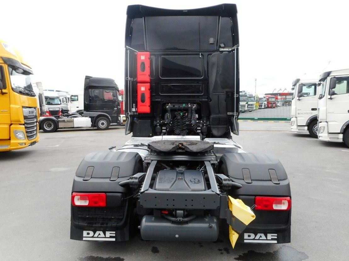 standaard trekker DAF XF 460 FT SUPER SPACE CAB ZF INTARDER 2017