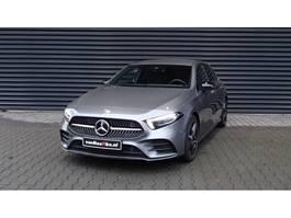 hatchback auto Mercedes-Benz A-klasse 220 4MATIC AMG-Line LED Multibeam Trekhaak 2020