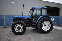 standaard tractor landbouw New Holland 8340 1997