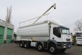 silo vrachtwagen Iveco TRAKKER Food silo Auger + AIR ! 6 comp TOP STATE TRUCK (TUV till 12/03/2021) 2006