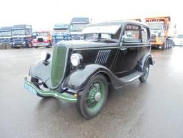 sedan auto Ford SALOON Y 1936