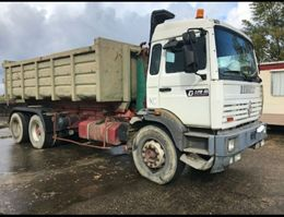 containersysteem vrachtwagen Renault G270 ***Lâmes - 26 Tonnes *** 1995