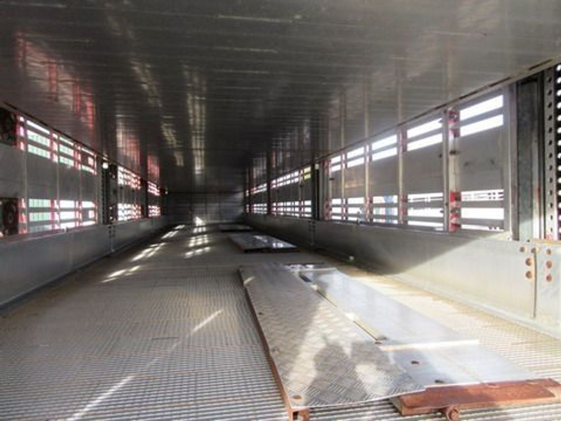 vee oplegger Pezzaioli SBA 63 S 2013